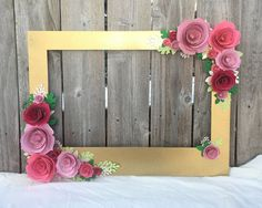 Gold Floral Frame Photo booth prop with 3D por Winterlandstudios