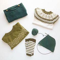 Umiskjennelige vårtegn: Når strikkepinnene går i grønt  #emblagenser og #sofiegenser av eget design og #theogenser fra #denstoreguttestrikkeboka