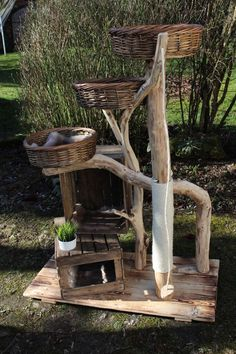 Nature Cat Tree - Mikkel, only the best for your . Nature Cat Tree – Mikkel, only the best for your pets. Made of robinia and reclaimed old wood. Outdoor Cat Tree, Diy Cat Tree, Best Cat Tree, Cat Trees, Madeira Natural, Cat Enclosure, Cat Room, Cat Condo, Pet Furniture