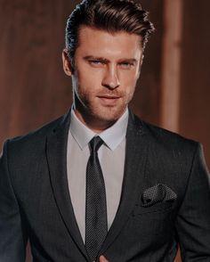 Beautiful Men Faces, Gorgeous Men, Mens Fashion Blazer, Paisley, Italian Men, Men Photography, Most Handsome Men, Classy Men, Tuxedo For Men