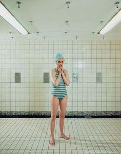 """Self Portrait, Marnixbad, Amsterdam, Netherlands, June 19, 1991."" Chromogenic print, 35 x 28 cm. Courtesy the artist and Marian Goodman Gallery, New York and Paris. © Rineke Dijkstra https://bouillabaiseworkinprogress.blogspot.nl/2017/10/rineke-dijkstra-and-blooming-girls-2017.html"