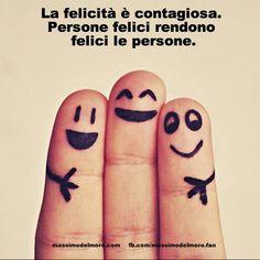 La felicità è contagiosa. Persone felici rendono felici le persone