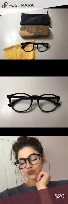 """Round Firmoo glasses Round black glasses from Firmoo. Comes with a hard case, pouch, cleaning cloth and small """"screw"""". NO PRESCRIPTION Accessories Glasses"""