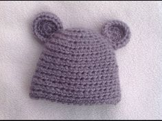 This Baby Hat Is So Quick And Easy, And The Bear Ears Are Adorable! – Crafty House
