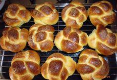 Cukros briós Bomba konyhájából | NOSALTY Bread Dough Recipe, Pretzel Bites, Hot Dog Buns, Scones, Doughnut, Bagel, Rolls, Food And Drink, Snacks