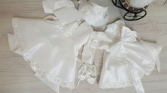 Compleu botez set Sneakers, Wedding, Clothes, Fashion, Tennis, Valentines Day Weddings, Outfits, Moda, Slippers