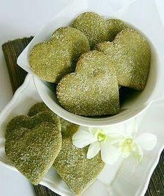 i love matcha green tea, cookies would probably taste good too! Organic Matcha Green Tea, Matcha Green Tea Powder, Green Tea Recipes, Sweet Recipes, Cookie Recipes, Dessert Recipes, Desserts, Green Tea Cookies, Green Tea Dessert