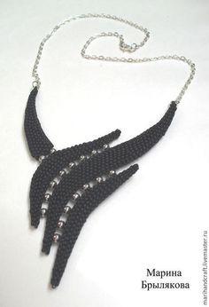 """Купить Колье """"Крыло ворона"""" - черный, бисер, бисер чешский, фурнитура под серебро, Бижутерия"""