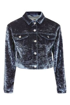 The classic denim jacket gets a chic update with our velvet design. Featuring traditional denim jacket stylish, velvet is bonded on to the piece to make for a feminine finish. We're styling it with leather or PU trousers for a on-trend look.