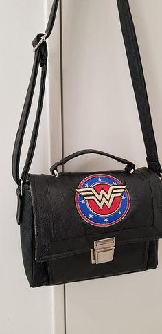 Sac Quadrille Wonder Woman cousu par Lydia P. - Patron sac Sacôtin