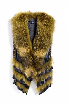 { Layered Ruffle Hem Fur Vest }