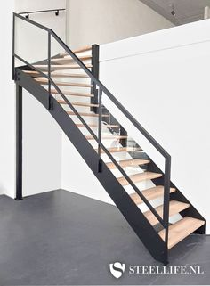 Open Trap, House Stairs, Under Stairs, Entrance Hall, House Rooms, Exterior Design, Future House, Decoration, Furniture Design
