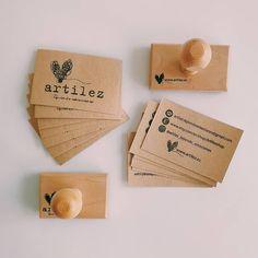 ~ A MÍ RITMO ~  Estas sencillas tarjetas de presentación me dicen a mí misma quien soy y que me pertenezco. Después de casi 12 años… Decir No, Place Cards, Place Card Holders, Instagram, Business Cards, Simple