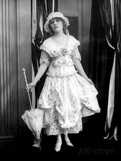 | Mary Pickford, c.1917 Premium Poster