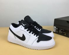 size 40 5b94d af520 Air Jordan 1 Retro Low Black White For Sale, This Air Jordan 1 will feature  a Black, White and Metallic Gold color combination. This pair features Black  ...