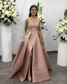 May 2020 - champagne satin prom dress - strapless prom dress,satin evening gowns,split prom dress,sexy prom dress Source by sposaalinanova - Split Prom Dresses, Strapless Prom Dresses, Sexy Dresses, Fashion Dresses, Dress Prom, Wedding Dress, A Line Evening Dress, Evening Dresses, The Dress