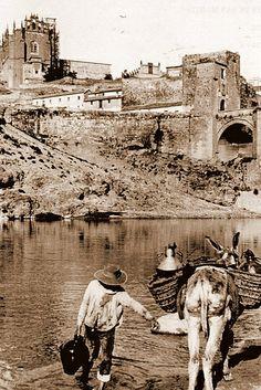 Vida cotidiana (afortunadamente) olvidada. Cortesía: Eduardo Sánchez Butragueño, Toledo (España).