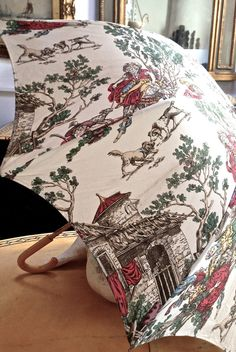 STUNNING TOILE UMBRELLA For walking with style in the sun this is a textile not…