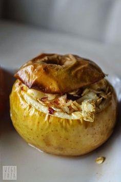 wegefaza: Owsianka pieczona w jabłkach Lunch Recipes, Healthy Recipes, Healthy Food, Baked Potato, Potatoes, Sweets, Baking, Vegetables, Breakfast