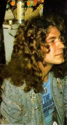 - Robert Plant of Led Zeppelin - Lead Singer of The Greatest Rock And Roll Band of All Time, LED ZEPPELIN - http://www.pinterest.com/TheHitman14/led-zeppelin-%2B/
