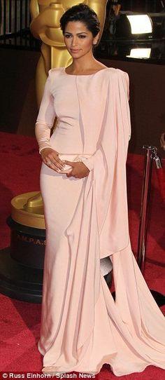 Oscar dresses turned to Wedding dresses? Yes! Camilla