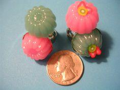 Strawberry Kiwi JellO Gelatin Fruit Mold Ring  by ClaraBellen, $5.50
