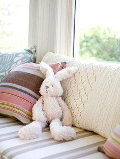 Love the cream knit pillow and hey ho love bun :)