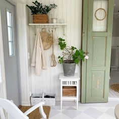 Sofia (@sandnejlikan) • Фото и видео в Instagram Ladder Decor, Home Decor, Decoration Home, Room Decor, Home Interior Design, Home Decoration, Interior Design