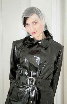 Rain Bonnet, Black Mac, Plastic Mac, Vinyl Raincoat, Bois Diy, Macs, Rain Wear, Latex, Kitty