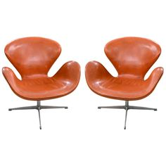 Superb Pair of Swan Chairs by Arne Jacobsen, Denmark.