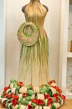 Art Object - dressed for the party - Polina Shkol'nikova