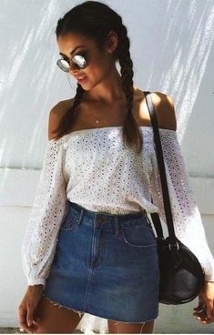 summer outfits Love This Cute Look! Jean Skirt Is A Must For Summer 2017.