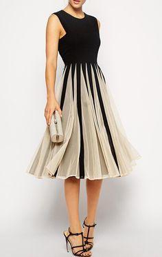 Vestido plisado malla sin mangas-bicolor 15.64