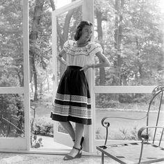 peasant dress 1940's - Google Search