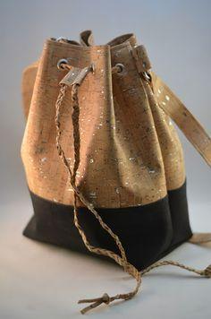 7505d0910675 Bucketbag Beuteltasche OMMELLA - mit Liebe genäht: neue Liebe ... Korkstoff