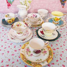 Mismatch vintage china tea set for 6 people ideal for weddings, tea parties