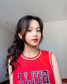 Korean Men Hairstyle, Cute Korean Girl, Aesthetic People, Girly Pictures, Girl Photography Poses, Girl Cartoon, Ulzzang Girl, Diy Fashion, Asian Beauty