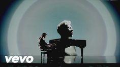 Labrinth - Beneath Your Beautiful ft. Emeli Sandé