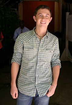 Scotty McCreery Pictures - Scotty McCreery Leaves 'Live with Regis and Kelly' - Zimbio