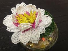 Glasperlen. Seerose aus Perlen für Anfänger. Teil 2/2. Beaded water-lily. - YouTube
