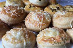 Příprava receptu Šumavské pagáče ze smetany bez kynutí, krok 13 Hamburger, Bread, Food, Brot, Essen, Baking, Burgers, Meals, Breads