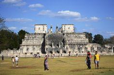 Este es el templo de Los Guerreros, donde nos contaba el guía que aquí sacrificaban a los mayas y que éstos morían en honor a sus dioses.