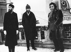 Ernst Fuchs, Friedensreich Hundertwasser und Arik Brauer on the roof of the Otto-Wagner-studio, Spiegelgasse (from left to right) Otto Wagner, Friedensreich Hundertwasser, Lifelong Friends, His Travel, His Eyes, Style Me, Artists, Fine Art, Black And White