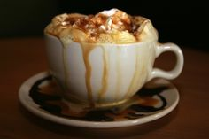 Learn how to make a Vegan Spice Pumpkin Latte that is perfect for chilly fall and winter mornings!  #pumpkinspice #latte #vegan