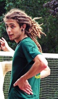dreadlocks = attractive!! Guys with dreads are beautiful
