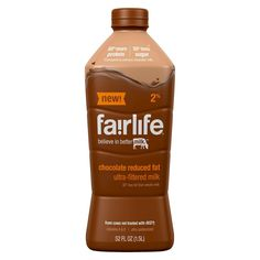 fairlife® chocolate milk has half the sugars of ordinary chocolate milk and more protein. Indulge yourself in delicious lactose-free chocolate milk today. Dairy Free Chocolate Cake, Chocolate Candy Recipes, Chocolate Day, Chocolate Milkshake, Dairy Free Cheesecake, Dairy Free Brownies, Lactose Free Milk, Milk Packaging, Clean Eating Plans