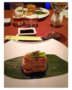 Sushi&friends #tataki #salmon #truffle #sushi #wine #lastnight #basara  by lorenzapresta