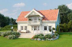 Nostalgisk klassiker i rolige omgivelser med kort vei til Hønefoss. Swedish House, House Goals, Cottage Homes, Home Fashion, My Dream Home, Home Projects, Sweet Home, Villa, Real Estate