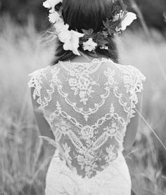 Love the detail in the back of this dress