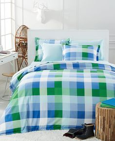 These vibrant flannel sheets from the Martha Stewart Collection will give your guest bedrooms a few extra style points this season — just one more reason your guests will love being home for the holidays